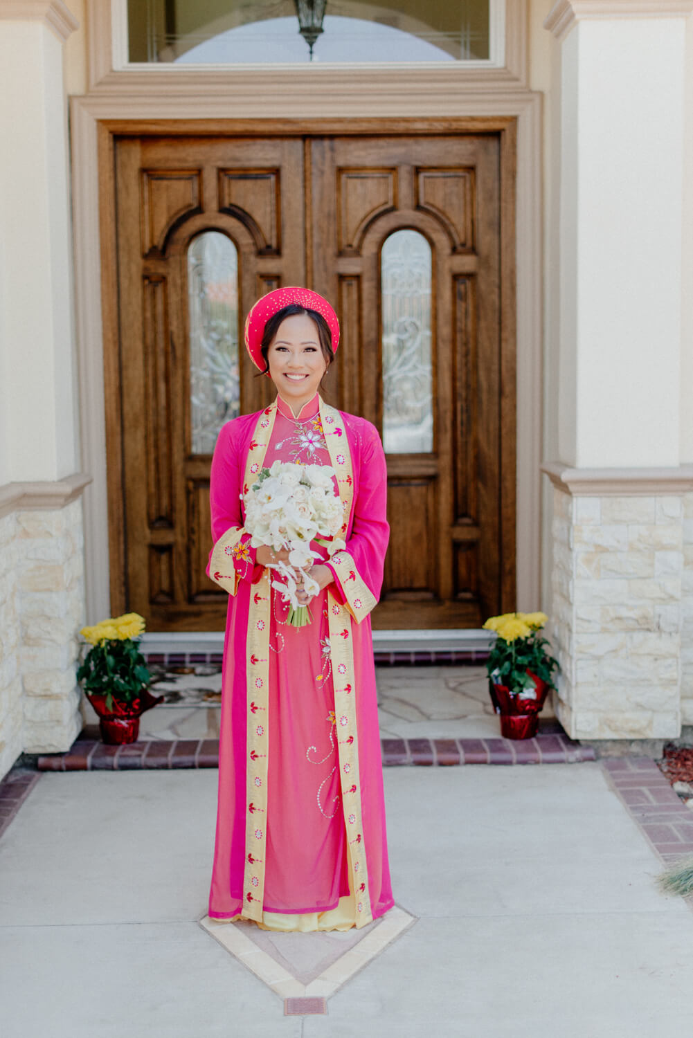Vietnamese wedding. Old Traditions meet new age.