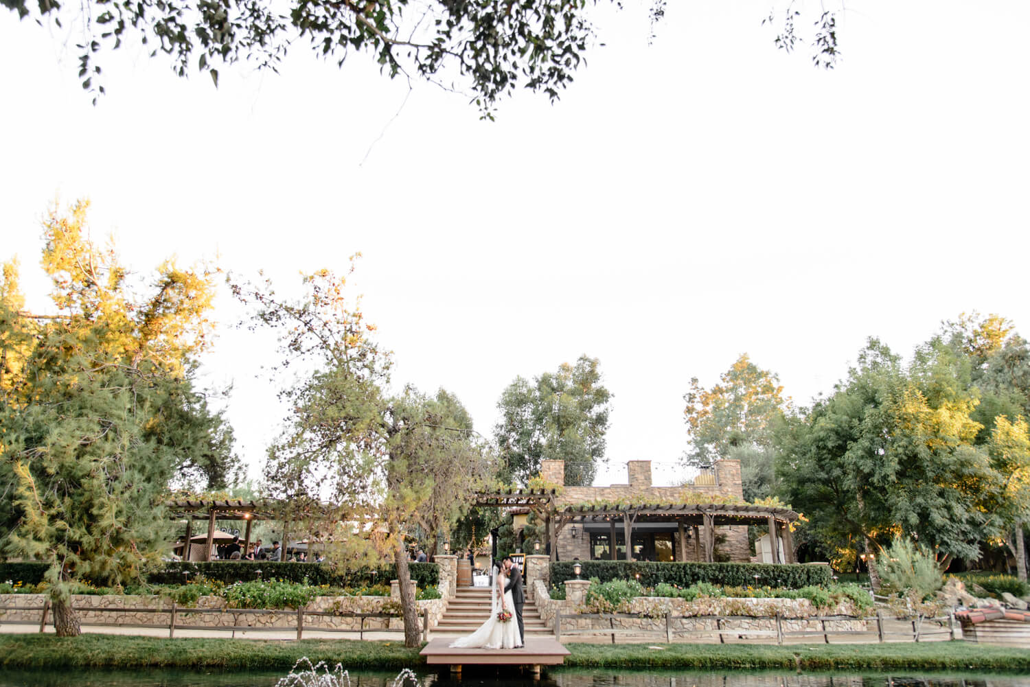 Everything you need to know before choosing Lake oak meadows as your wedding venue!