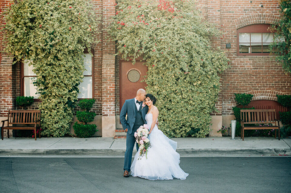 The detailed guide to your Mitten Building Wedding